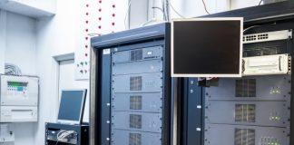 Controladores eletrônicos para sistemas de AVAC-R