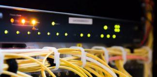 Conectividade revoluciona indústria global de automação e controle